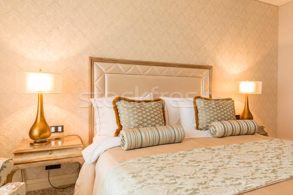 Camera da letto stanza stile moderno casa design viaggio Foto d'archivio © Elnur