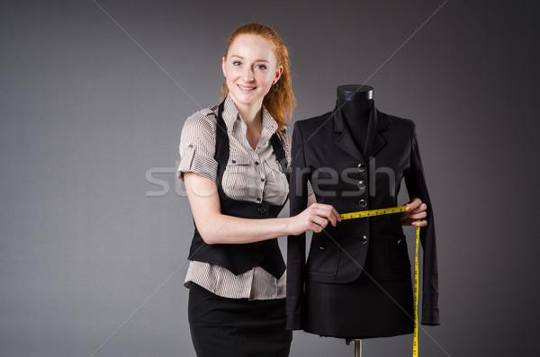 Mulher alfaiate trabalhando novo vestir moda Foto stock © Elnur