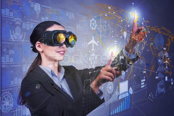 女性実業家 データ マイニング ビジネス コンピュータ 世界中 ストックフォト © Elnur