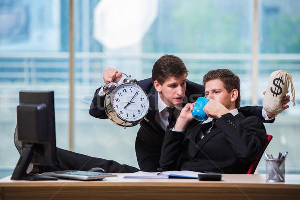 Il tempo è denaro due imprenditore business clock uomini Foto d'archivio © Elnur
