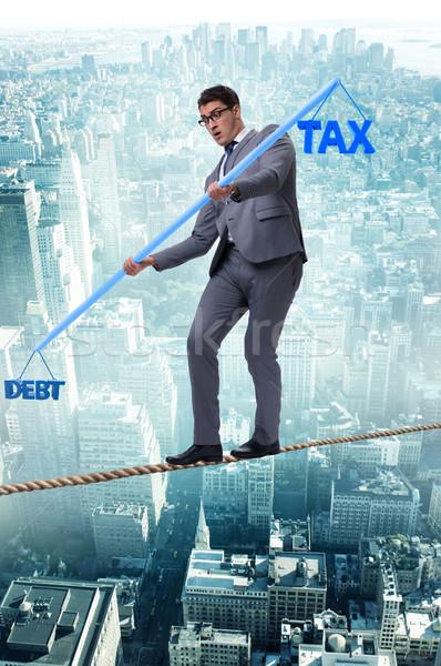 бизнесмен долг налоговых город ходьбе Сток-фото © Elnur