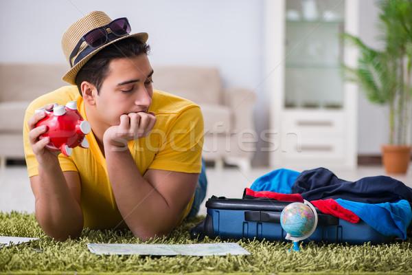 Man planning vakantie reis kaart gelukkig Stockfoto © Elnur