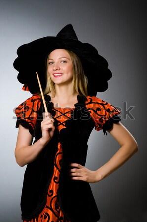 Vrouw piraat scherp wapen zwarte hoed Stockfoto © Elnur