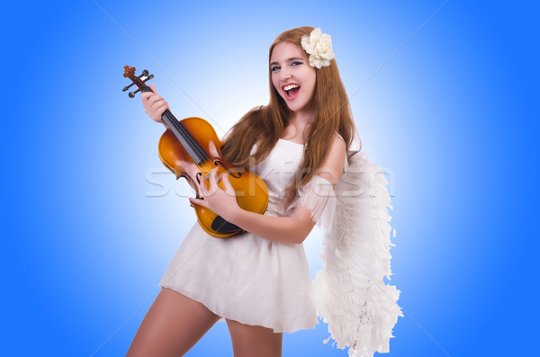 Stock fotó: Fiatal · hegedű · játékos · izolált · fehér · fa