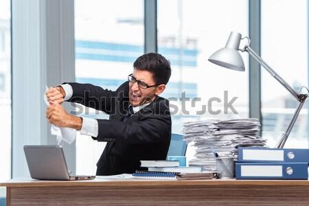 Désespérée homme suicide bureau main affaires Photo stock © Elnur