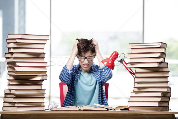 öğrenci kitaplar sınavlar okul ev üzücü Stok fotoğraf © Elnur