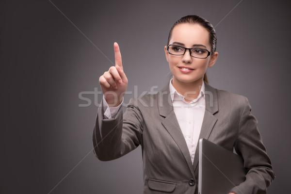Stock fotó: Fiatal · üzletasszony · kisajtolás · virtuális · gomb · üzlet