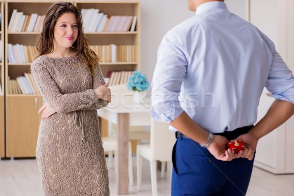 Romántica hombre matrimonio propuesta negocios Foto stock © Elnur