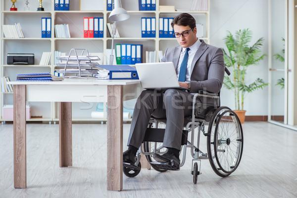 Handicapées affaires travail bureau affaires portable Photo stock © Elnur