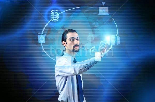 üzletember kisajtolás gombok számítástechnika munka hálózat Stock fotó © Elnur