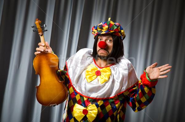 Komik palyaço keman perde müzik gülümseme Stok fotoğraf © Elnur