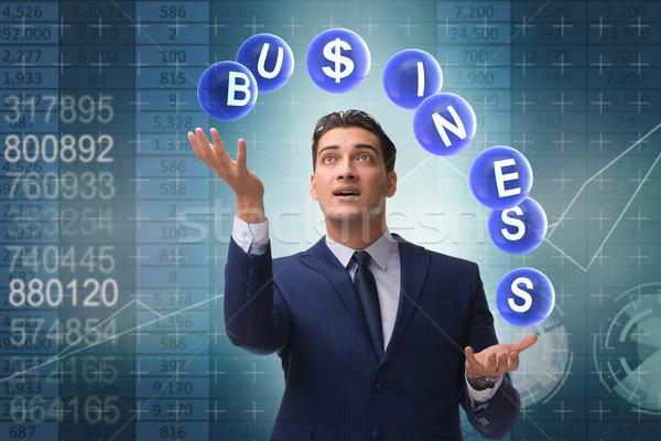 Empresario malabares negocios hombre trabajo Foto stock © Elnur