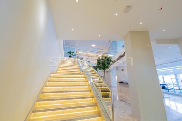 Lépcső tok modern hotel belső üzlet Stock fotó © Elnur