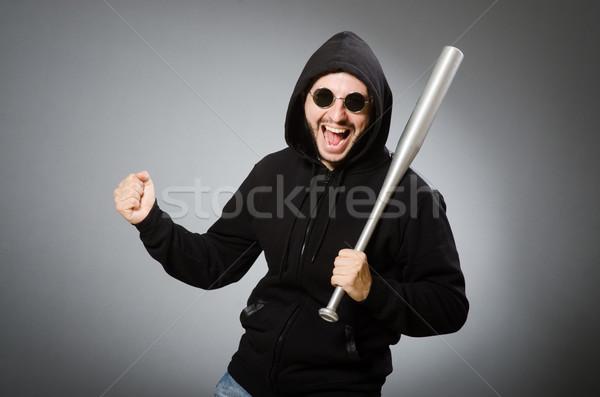 Agressivo homem bat cara fundo óculos Foto stock © Elnur