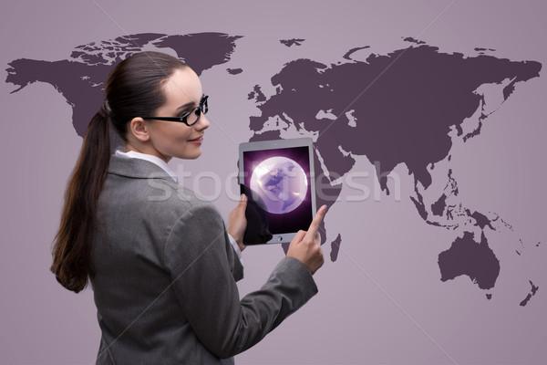 Empresária comprimido global de negócios computador mundo terra Foto stock © Elnur