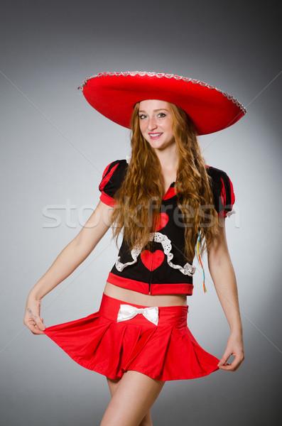 Bom mulher vermelho sombrero seis Foto stock © Elnur