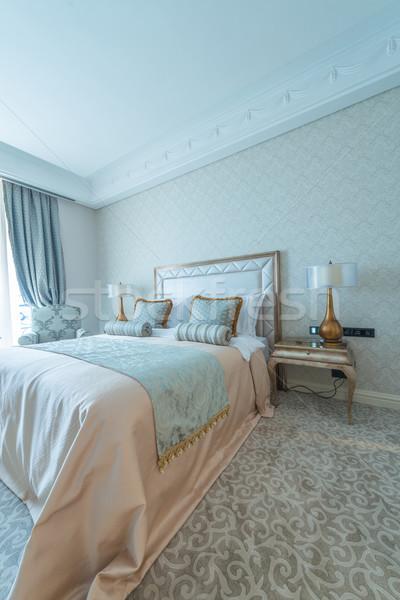 Yatak odası oda modern tarzda iş ev tablo Stok fotoğraf © Elnur