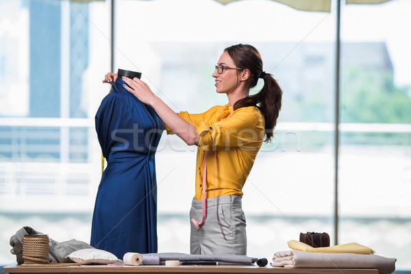 Nő szabó dolgozik új ruházat divat Stock fotó © Elnur