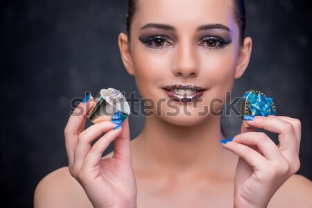 красивая женщина ювелирных моде женщину лице цепь Сток-фото © Elnur