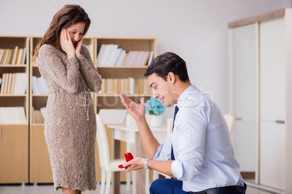 Romantische man huwelijk voorstel business Stockfoto © Elnur