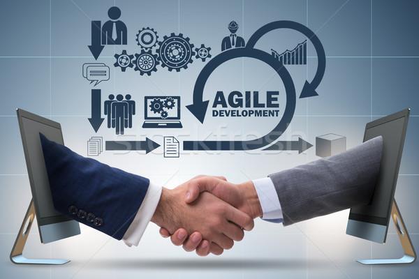 Agilis szoftver fejlesztés üzlet kéz megbeszélés Stock fotó © Elnur