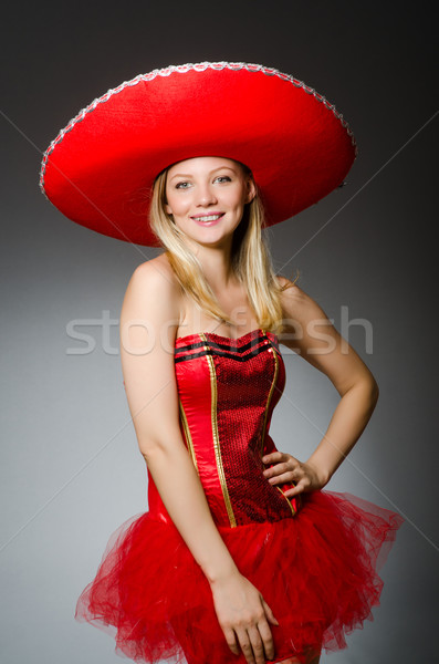 Donna indossare sombrero Hat divertente rosso Foto d'archivio © Elnur