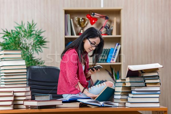 Stock fotó: Fiatal · női · diák · főiskola · iskola · vizsgák