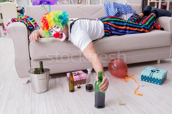 Dronken clown vieren partij home glimlach Stockfoto © Elnur