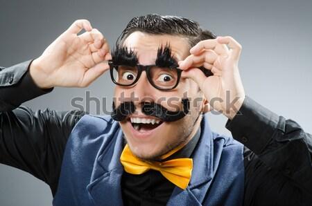 Stockfoto: Jonge · gevangene · handgun · grijs · portret · zwarte