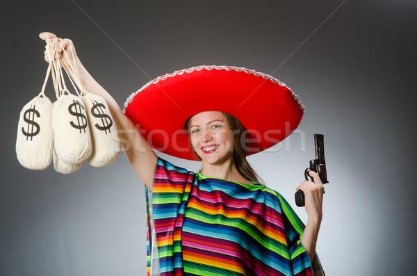 Menina mexicano arma curta dinheiro beleza Foto stock © Elnur