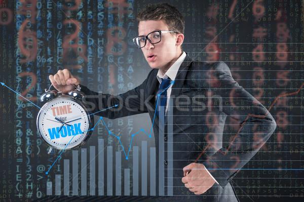 Jonge zakenman business tijd klok corporate Stockfoto © Elnur