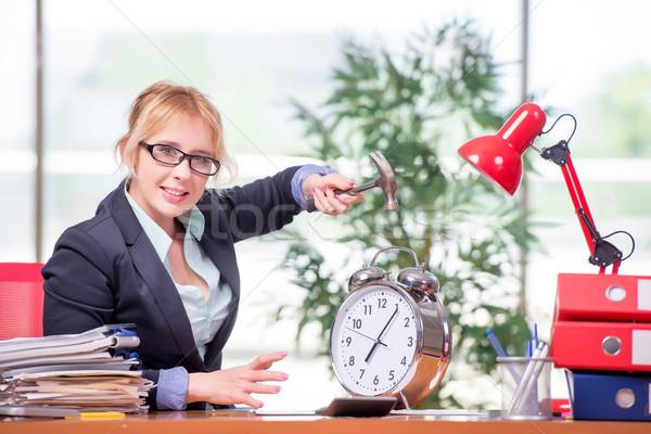 üzletasszony dolgozik iroda nő munka háttér Stock fotó © Elnur
