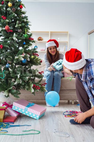 ガールフレンド 彼氏 開設 クリスマス 贈り物 家族 ストックフォト © Elnur