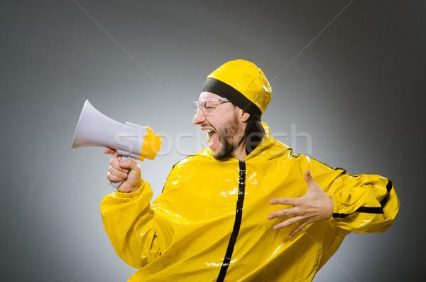 Uomo indossare giallo suit altoparlante occhiali Foto d'archivio © Elnur