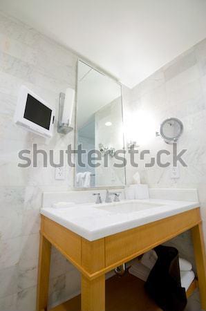 Modern zarif batmak banyo su ışık Stok fotoğraf © Elnur