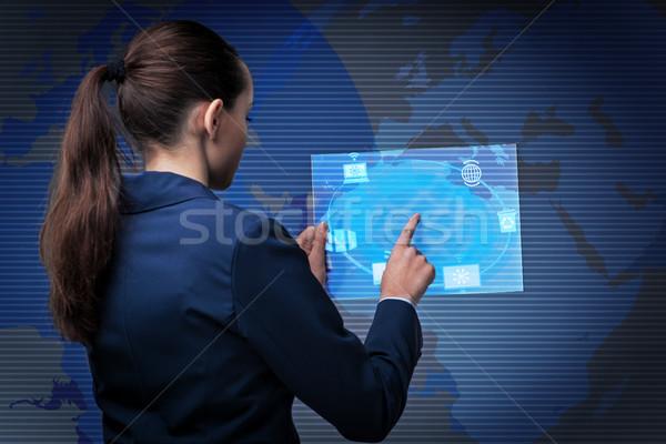Mujer de negocios ordenador red móviles Screen Foto stock © Elnur