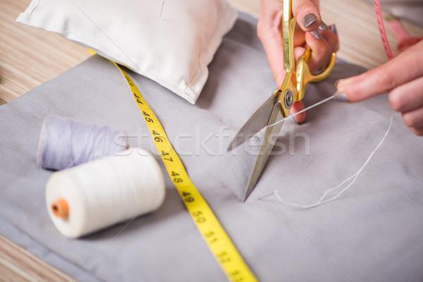 Sastre manos de trabajo nuevos ropa negocios Foto stock © Elnur