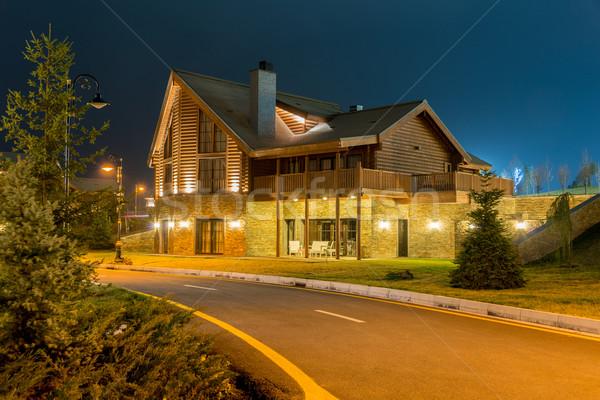 Stockfoto: Mooie · moderne · huis · avond · hemel · gras