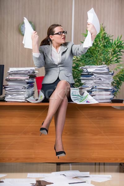 Mujer de negocios estrés de trabajo oficina mujer trabajo Foto stock © Elnur
