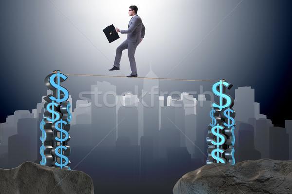 Biznesmen spaceru mocno liny ceny człowiek Zdjęcia stock © Elnur