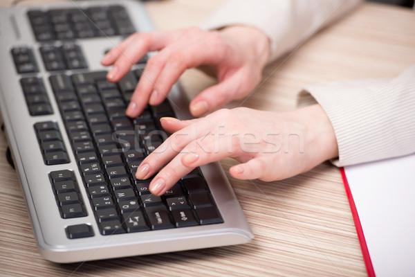 手 作業 キーボード オフィス 手 インターネット ストックフォト © Elnur