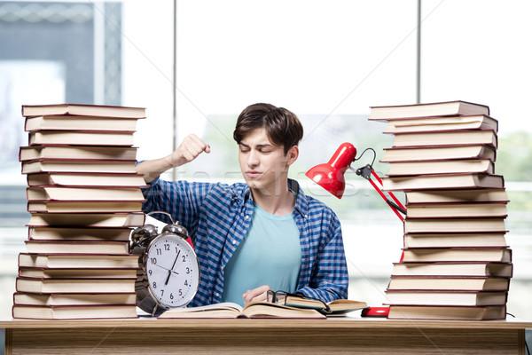 öğrenci kitaplar sınavlar okul saat ev Stok fotoğraf © Elnur