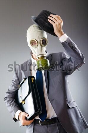 Işadamı gaz maskesi yalıtılmış beyaz adam Stok fotoğraf © Elnur