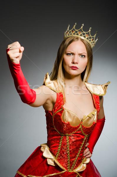 öfkeli kraliçe karanlık çalışmak üzücü takım elbise Stok fotoğraf © Elnur
