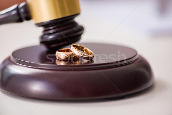 Yargıç tokmak evlilik boşanma aile kâğıt Stok fotoğraf © Elnur