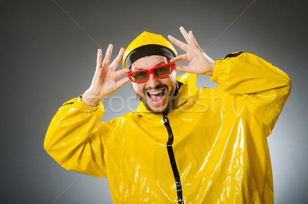 Grappig man Geel pak mode Stockfoto © Elnur