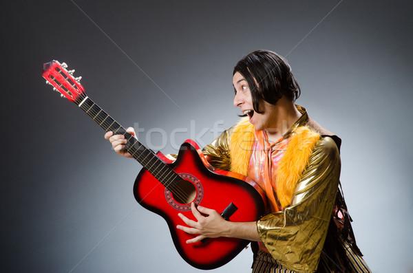 Adam gitar müzikal parti Metal sahne Stok fotoğraf © Elnur