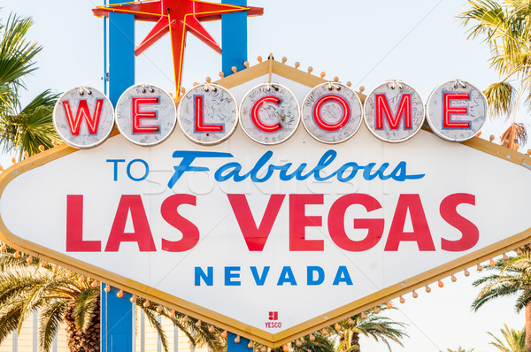 Famoso Las Vegas assinar brilhante estrada Foto stock © Elnur