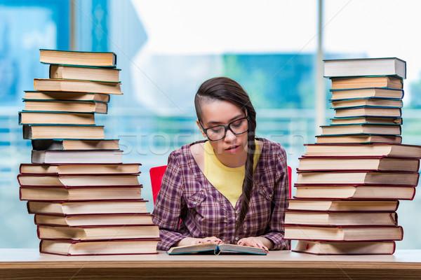 Diák főiskola vizsgák könyvek iskola háttér Stock fotó © Elnur