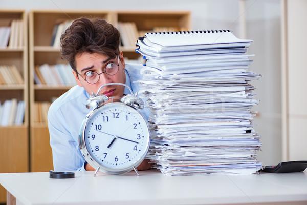 Stockfoto: Zakenman · voldoen · verslag · deadlines · werk · bureau
